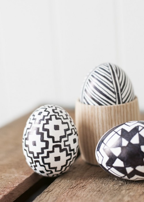 9 Stylish DIY For Black And White Easter Décor