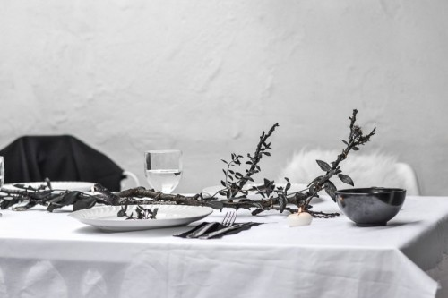 Stylish DIY Halloween Branch Table Centerpiece
