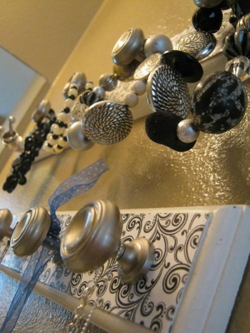 Stylish Diy Jewelry Wall Organizer