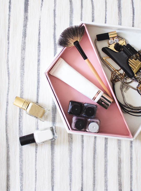 Picture Of stylish diy leather hexagon vanity tray  8