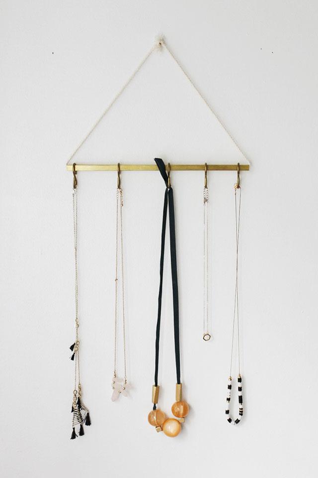 Stylish Diy Minimal Jewelry Hanger