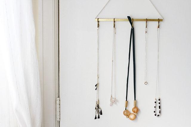 Picture Of Stylish Diy Minimal Jewelry Hanger