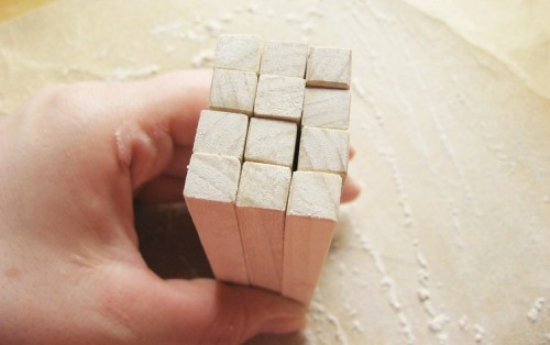 Stylish DIY Minimalist Wooden Soap Dish