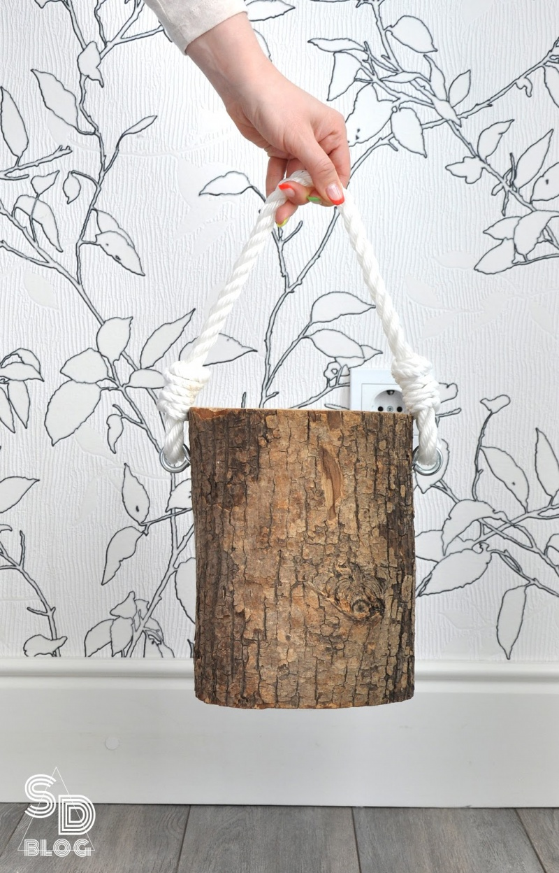 Picture Of stylish diy stump bedside table in 2 versions  6