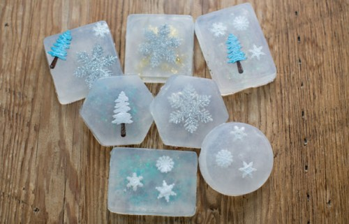 Christmas soaps (via hellowonderful)