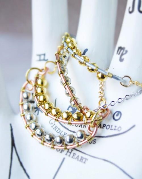 trinket necklace (via quietlioncreations)