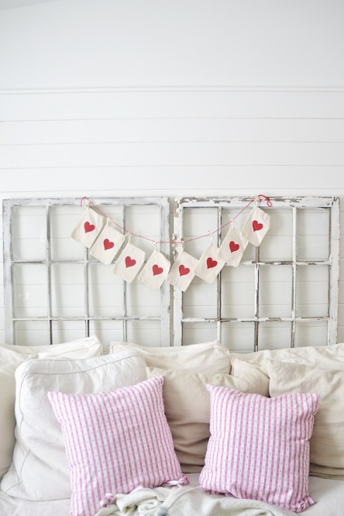 Super Easy DIY Valentine's Day Garland
