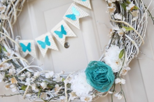 Tender And Sweet Spring Blue Wreath