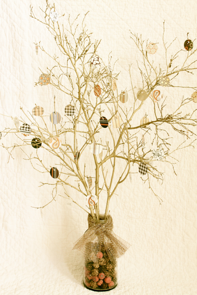 Thankful Tree With Paper Ornaments