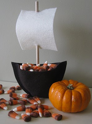 Thanksgiving  Sailboat Treat Holder