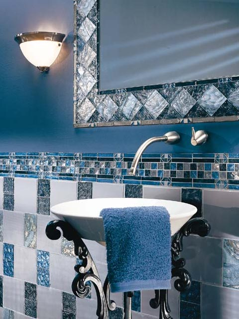 Bathroom Decorating and Makeovers - Interior Decorating 101