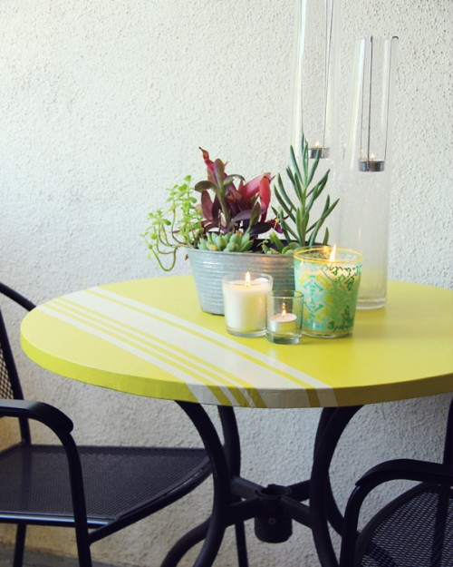 stripe table (via lovelyindeed)