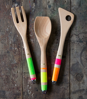 striped utensils (via confettipop)