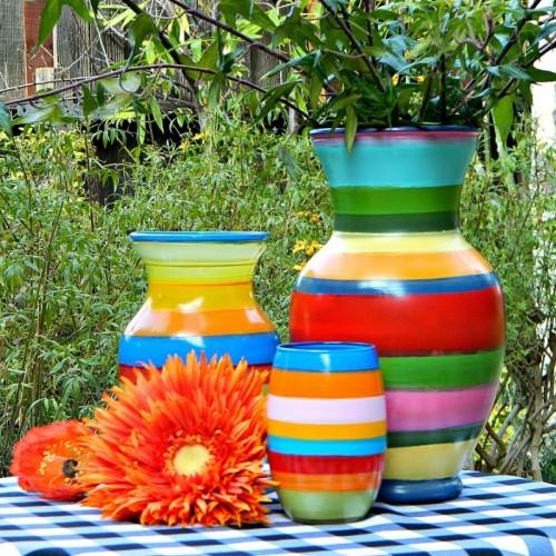 striped vases (via markmontanoblogs)