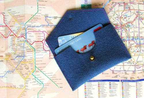 travel wallet (via francoisetmoi)