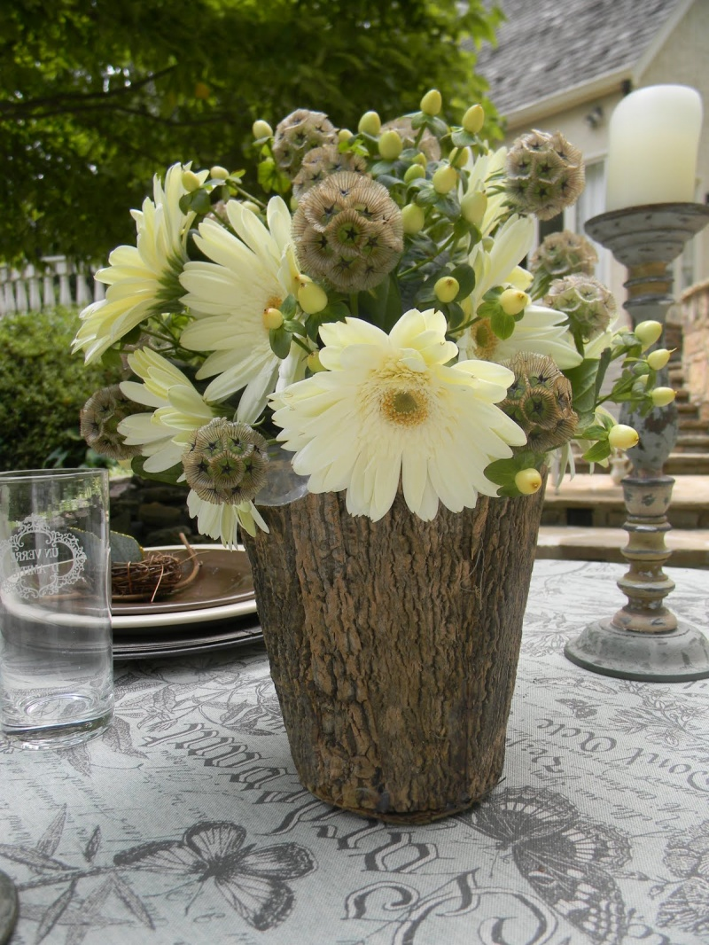 picture of tree stump vases