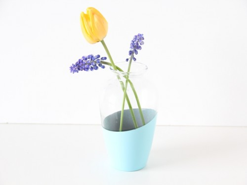 color block vase (via momtastic)