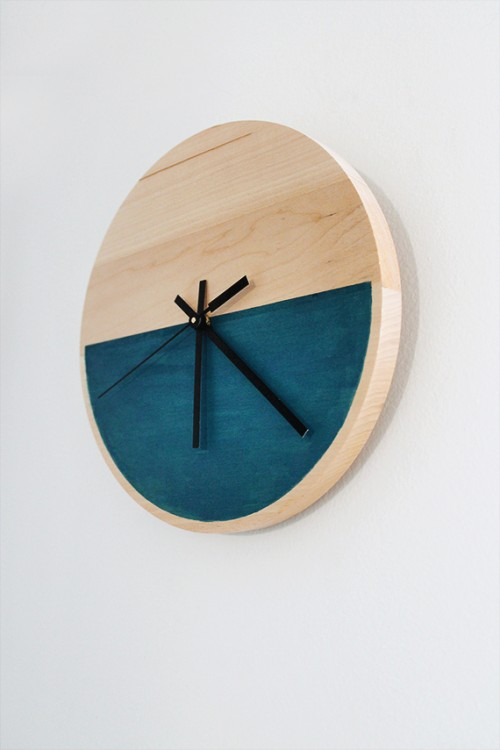 color blocked wooden clock (via shelterness)