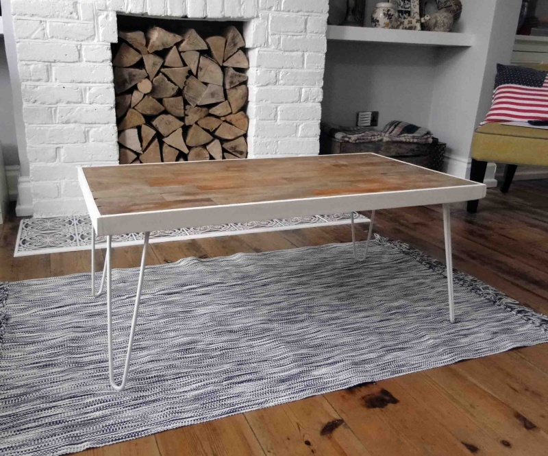 coffee table with hairpin legs (via remadeit )