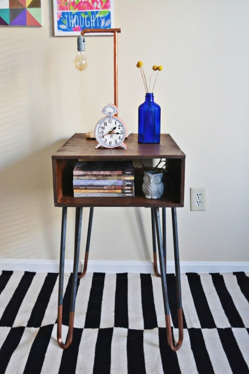 copper dipped hairpin leg side table (via ajoyfulriot)