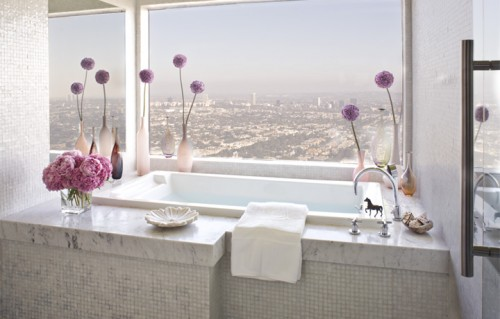 25 Unforgettable Bathroom Designs