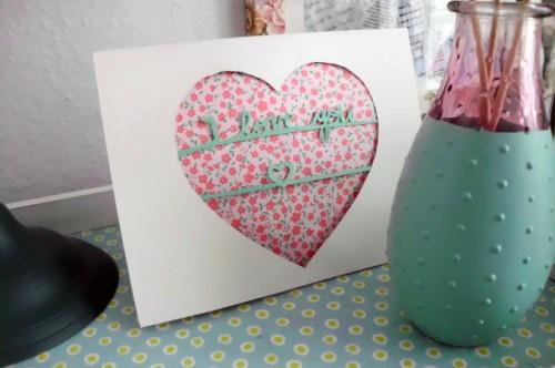 papercut Valentine cards (via curiousandcatcat)