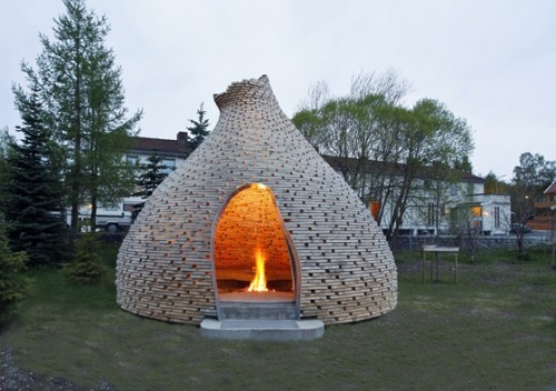 Unique Outdoor Fireplace Shelterness