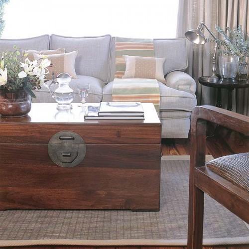 Using Chests In Interior Design