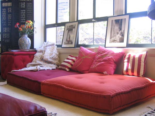 Using Floor Pillows In Interior Decorating. 57 Cool Ideas To Decorate Your Place With Floor Pillows   Shelterness