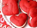 DIY red velvet whoopie pies