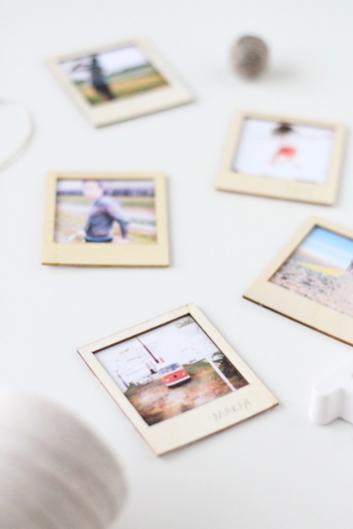 wooden polaroid gift set (via sugarandcloth)