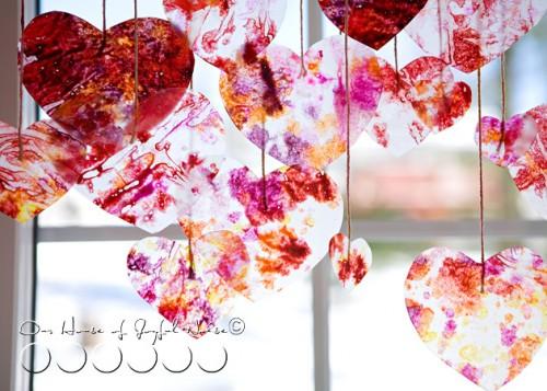 DIY heart strings (via houseofjoyfulnoise)