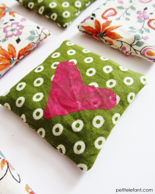 DIY heart hand warmers (via petitelefant)