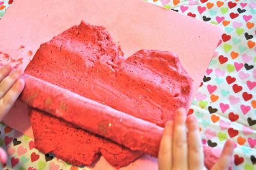 DIY glitter dough valentine (via make-life-lovely)