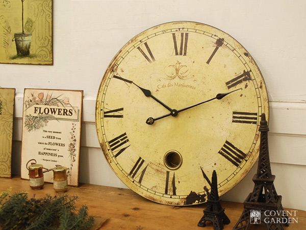 cool ideas to use vintage clocks to decorate your interior photo 21