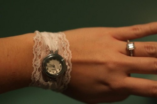 Vintage DIY Watch With A Lace Bracelet