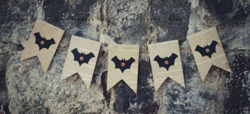 Vintage Halloween Garland With Bats And Pumpkins