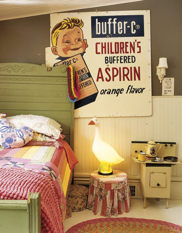 20 Ideas To Use Vintage Signs In Interior Decorating