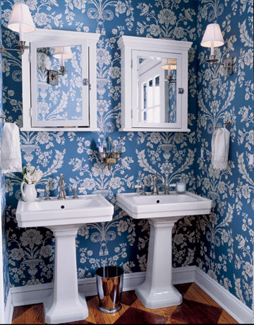 Perfect Wallpapers In A Bathroom