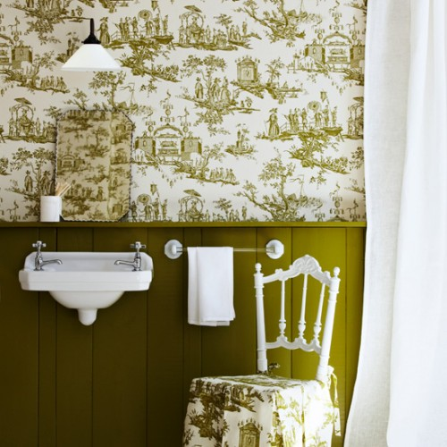 Wallpapers In A Bathroom