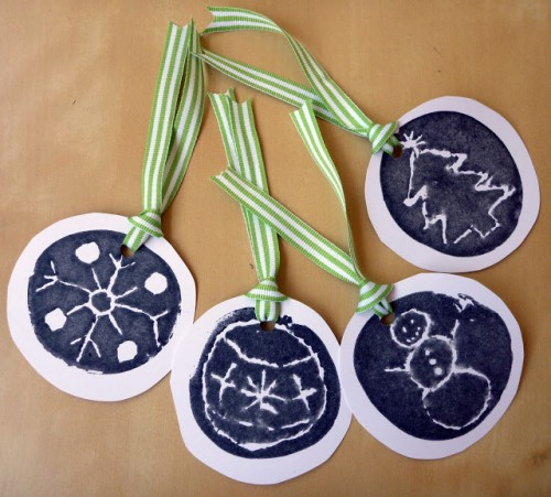 hand printed gift tags (via blog)
