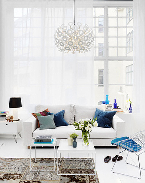 15 Amazing Rooms With White Wooden Floors