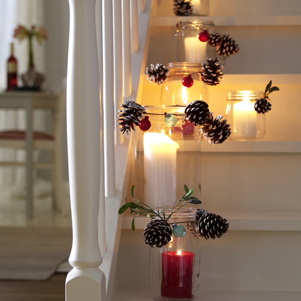 15 nature inspired candle decorating ideas for winters photo 9
