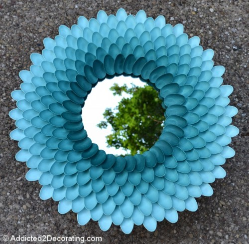 Wonderful DIY Chrysanthemum Mirror