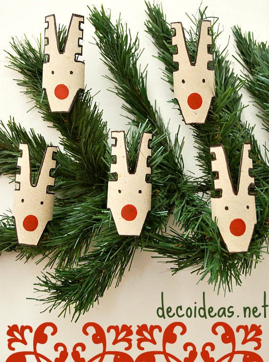 Reindeer tree decorations