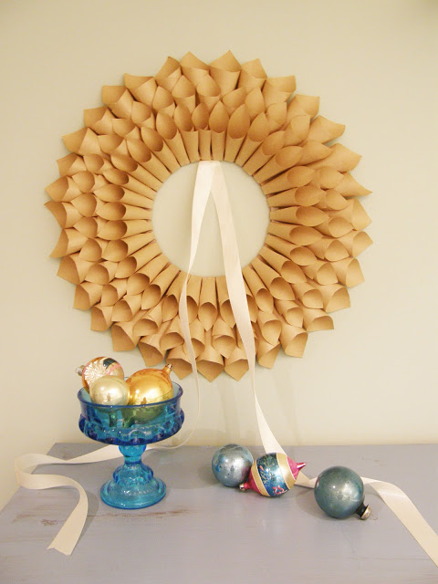 eco DIY paper wreath