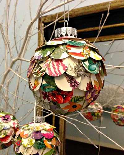 27 Wonderful Paper And Cardboard DIY Christmas Decorations ...
