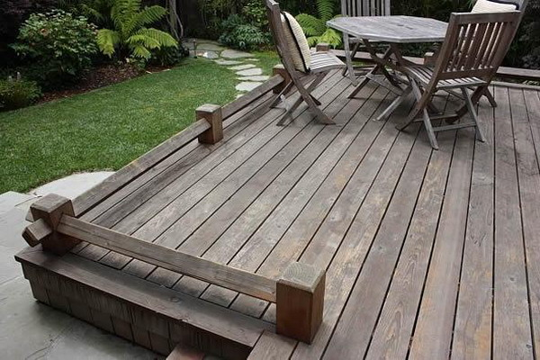 picture of wood decking on a patio